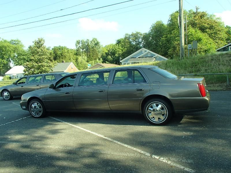 2001 Cadillac Deville Funeral Hearse Limo Seats 9