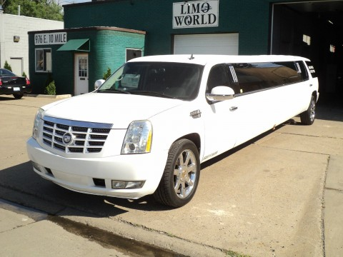 2007 Cadillac Escalade limousine for sale