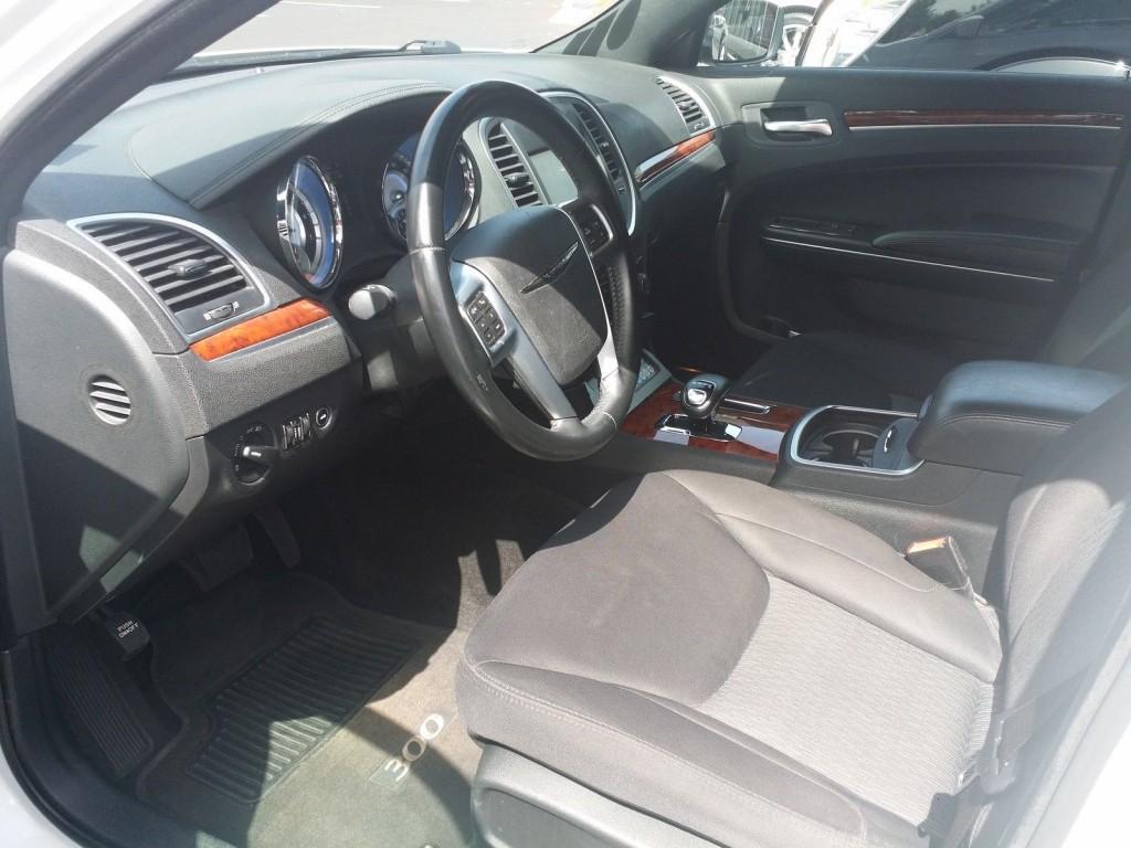 2012 Chrysler 300 Series Limousine