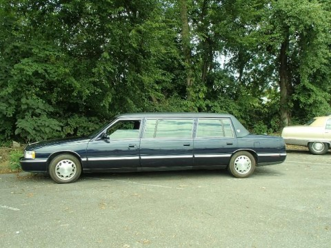 2000 Cadillac Funeral Commercial Glass Presidential Limo Hearse for sale