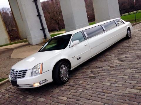 2006 Cadillac DTS Base Limousine for sale
