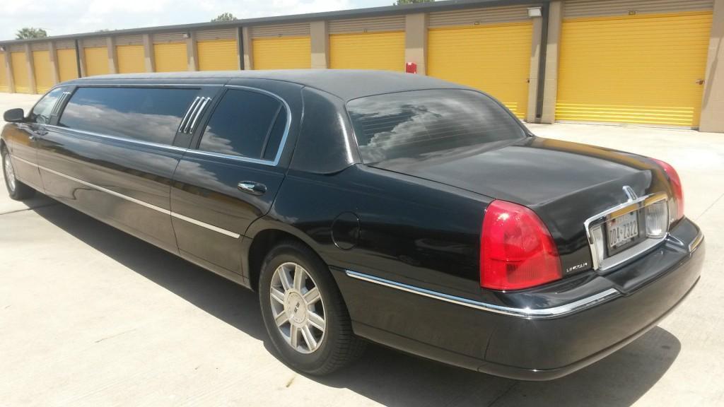 2007 Lincoln Town Car Executive L Limousine 4 Door 4 6l For Sale