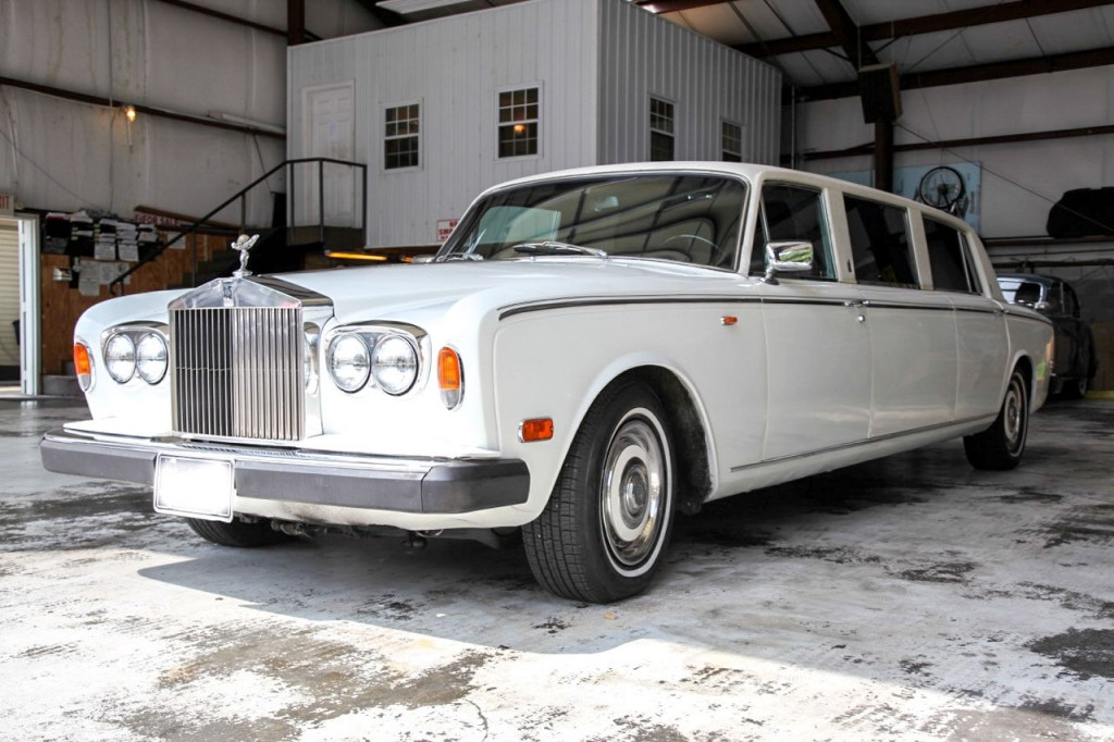 up for sale is this 1974 rolls royce silver shadow limousine well. Black Bedroom Furniture Sets. Home Design Ideas