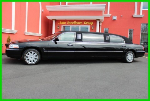 2005 Lincoln Town Car Executive Limo for sale