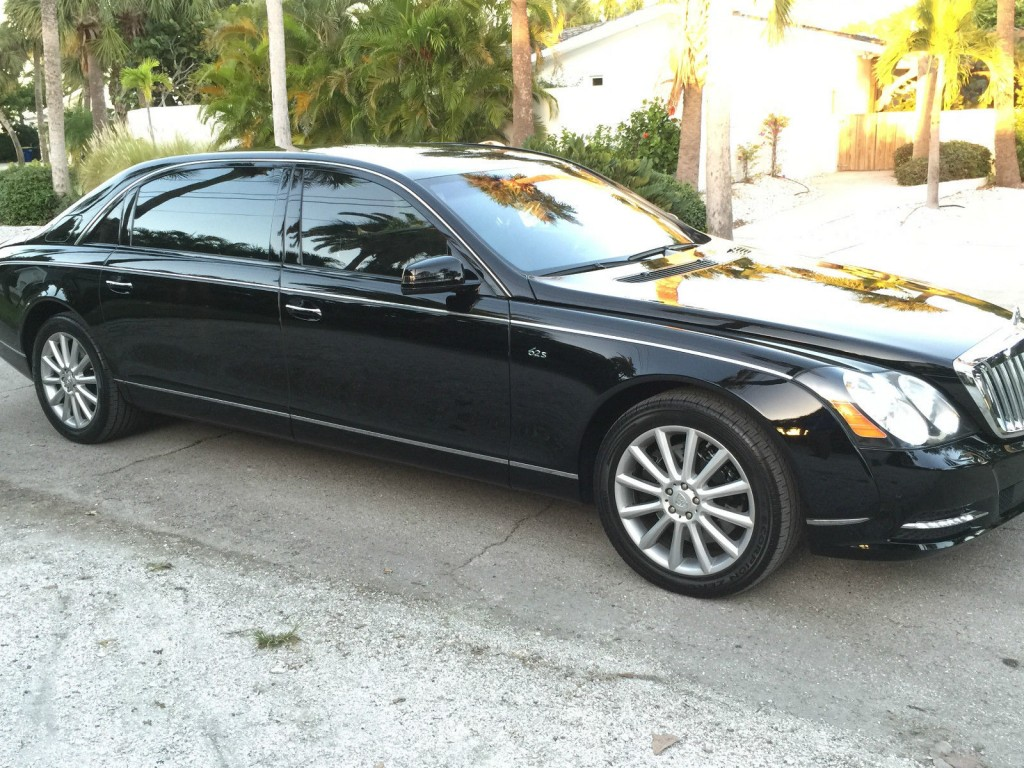 2011 Maybach 62s Partition W Translucent Panorama Roof 62s
