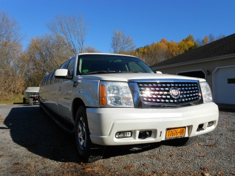 2005 Cadillac Escalade ESV Platinum Limousine 200″ for sale