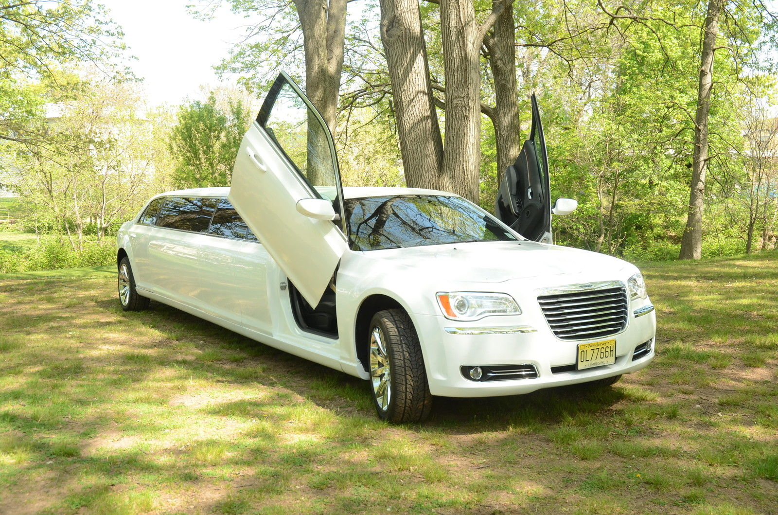 2012 chrysler 300 limousine by pinnacle for sale. Cars Review. Best American Auto & Cars Review