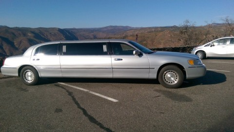 1998 Lincoln Town Car limosine for sale