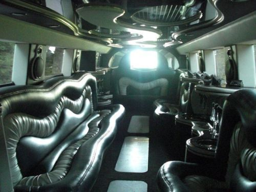 2005 Hummer H2 Limo / Party Bus
