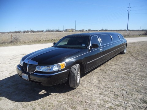 2000 Lincoln Town Car 8 psgr stretch limousine for sale