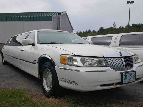 2001 Lincoln Town Car Stretch Limousine for sale