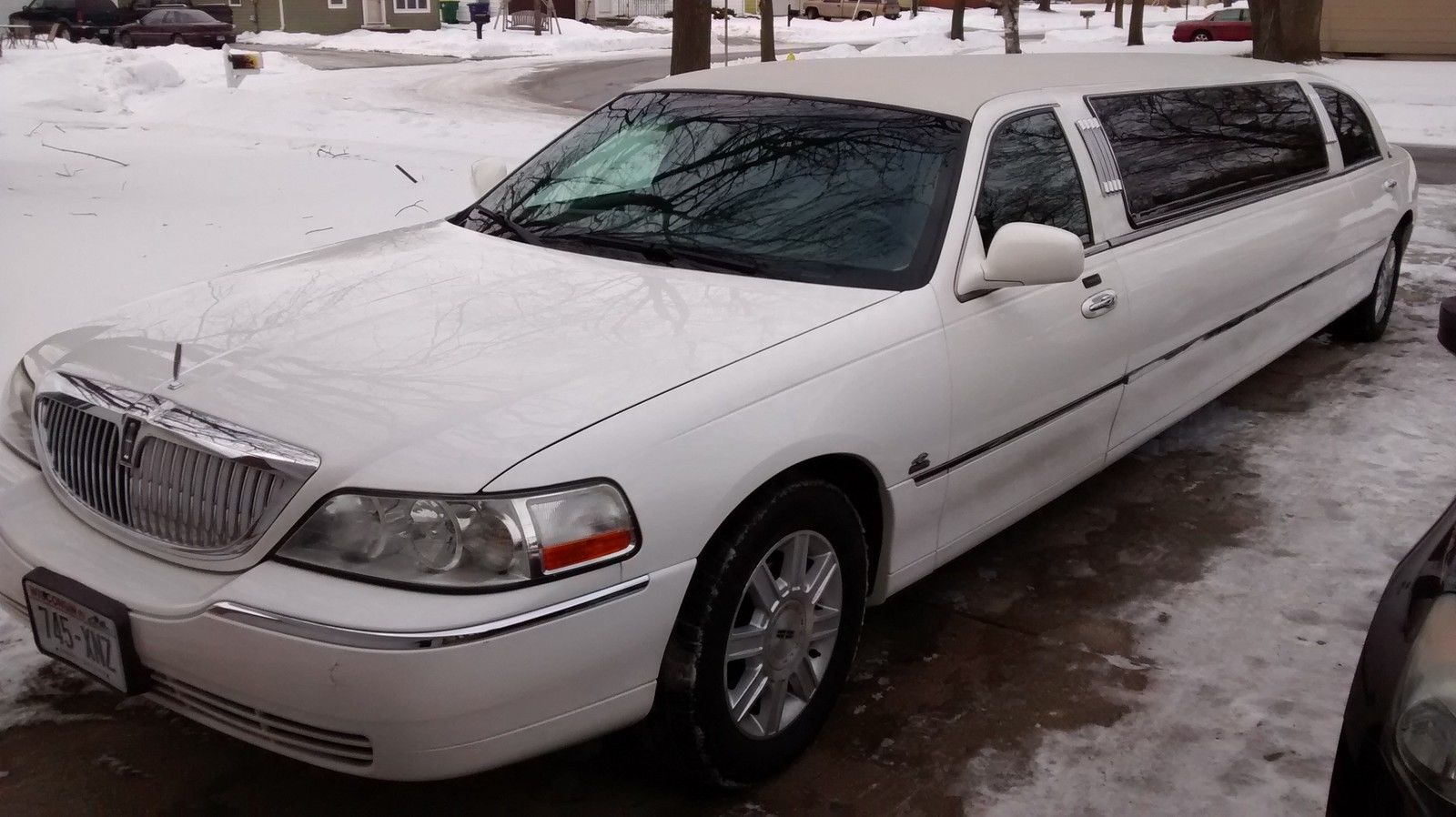 2006 Lincoln Town Car Limousine For Sale