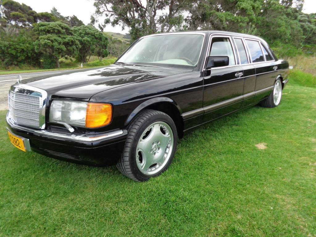 Mercedes benz 560sel carat by duchatelet limousine w126 for Mercedes benz limo