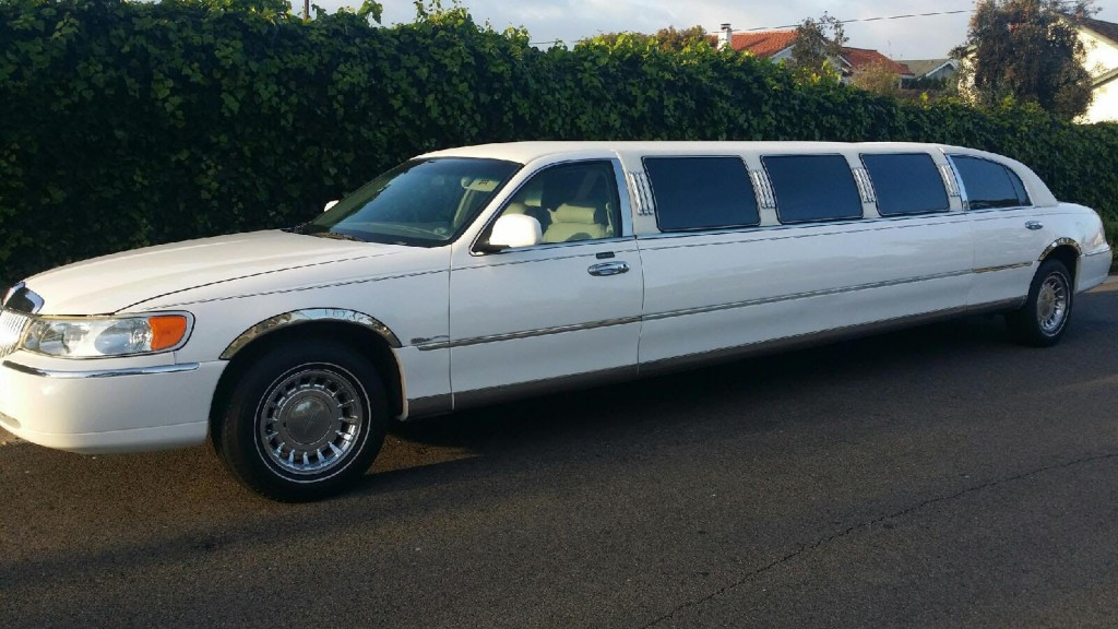 2016 Lincoln Town Car >> 1999 Lincoln Town Car Limousine for sale