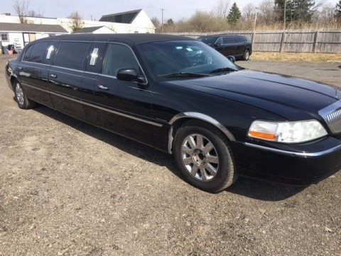 2005 Lincoln Town Car Limousine Krystal Coach for sale