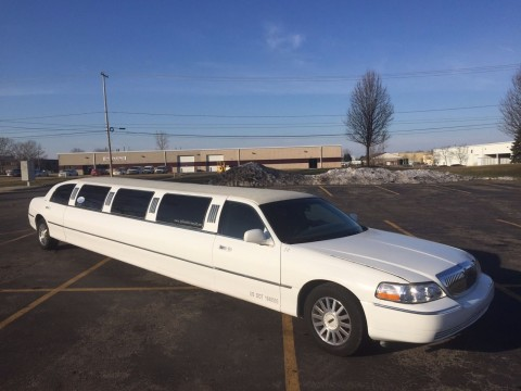 2006 Lincoln Town Car 14 Passenger Limousine stretch for sale