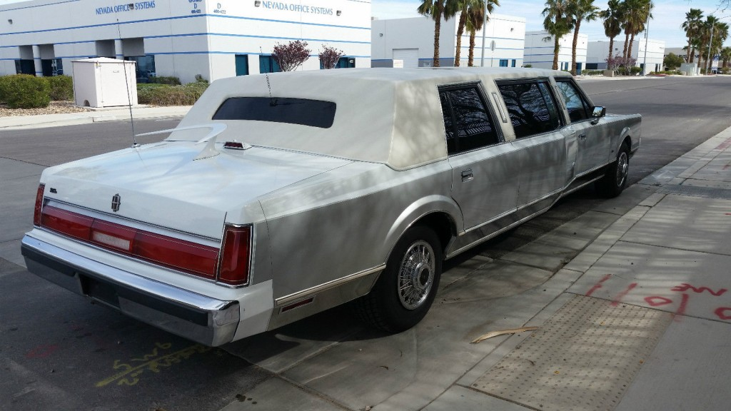 1987 Lincoln Town Car Widebody Limousine