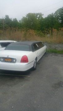 2004 Lincoln Town Car Limousine for sale