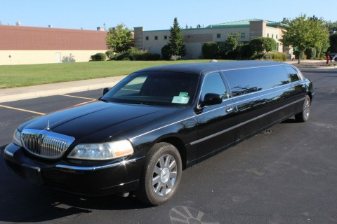 2007 Lincoln Town Car Royale for sale
