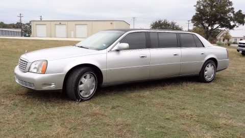 2000 Cadillac Deville Superior Limousine for sale