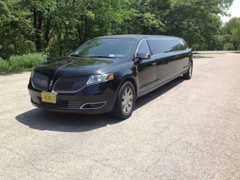 Low Miles 2013 Lincoln MKT limousine for sale