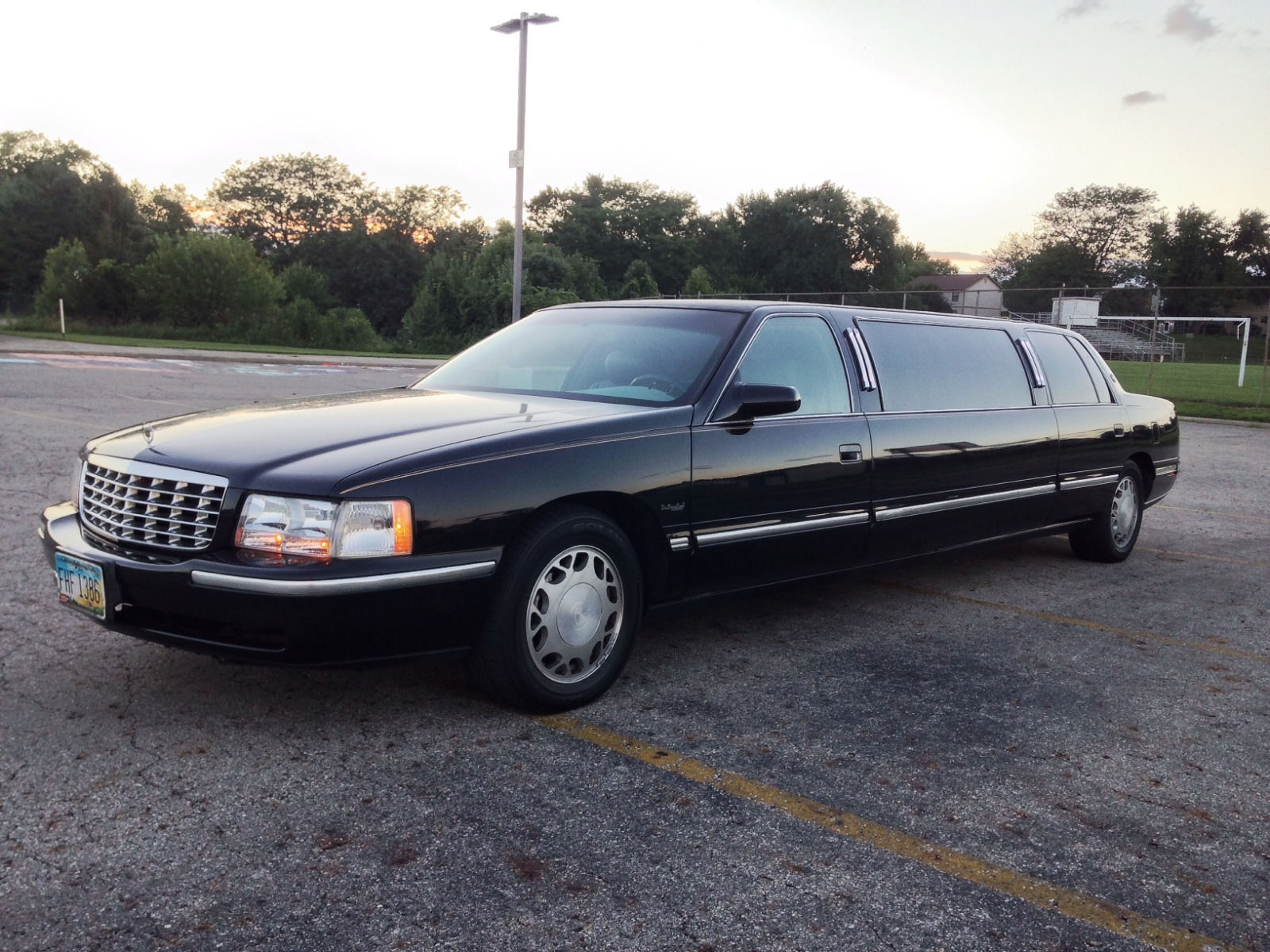 New Parts 1998 Cadillac Limousine For Sale