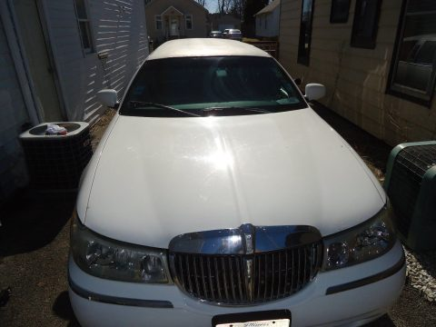 rebuilt engine 2000 Lincoln Town Car Limousine for sale
