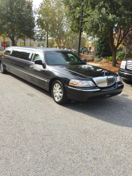 all works 2004 Lincoln Town Car limousine for sale