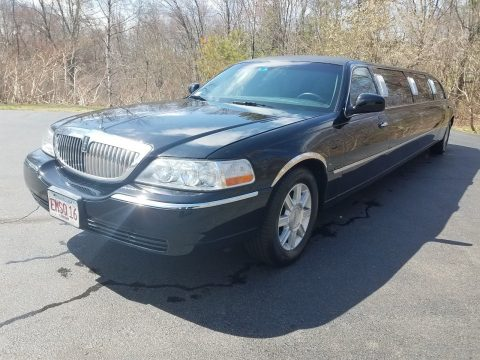 extra parts 2007 Lincoln Town Car Limousine for sale