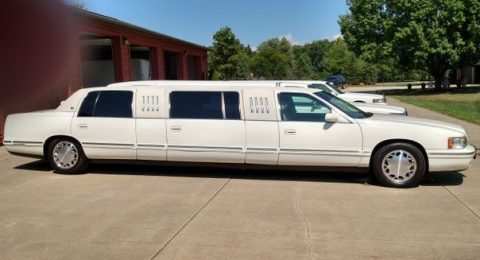 very clean 1998 Cadillac DeVille Limousine for sale