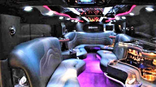 low miles 2006 Hummer H2 limousine