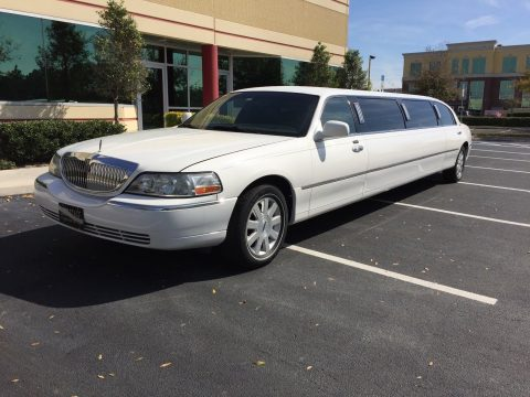 rust free 2006 Lincoln Town Car limousine for sale