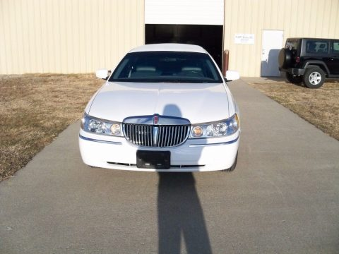 very clean 1999 Lincoln Town Car Limousine for sale