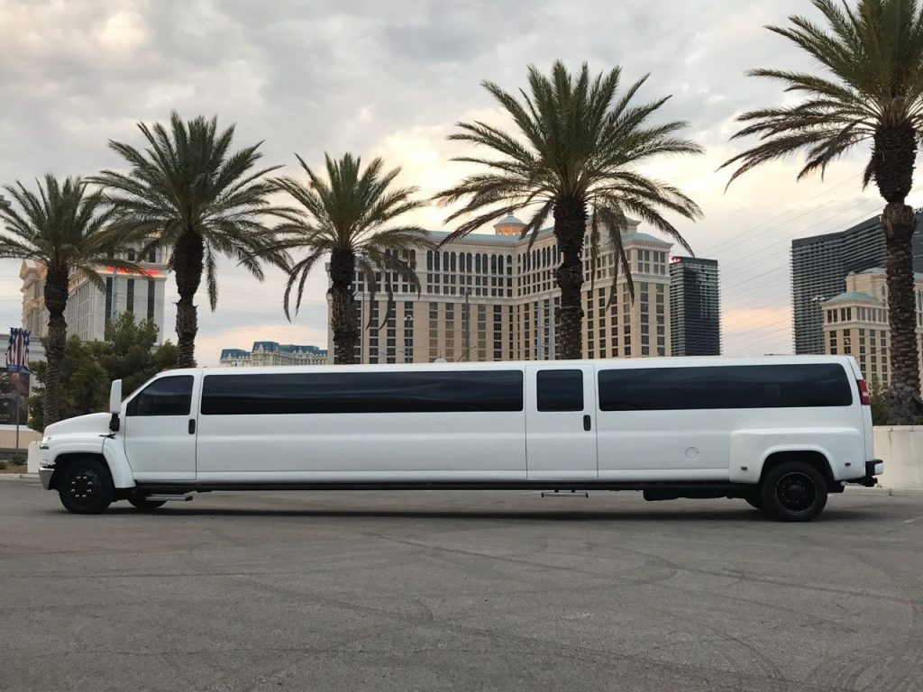 Hummer Daddy 2006 GMC Topkick limousine