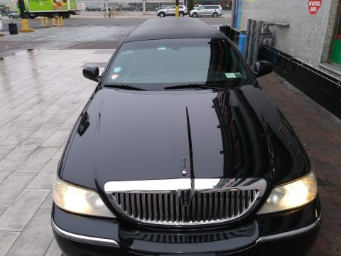 extra parts 2006 Lincoln Town Car Limousine for sale