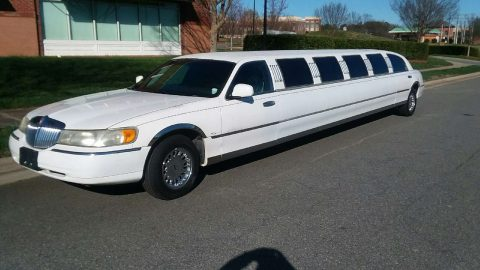 low mileage 1999 Lincoln Town Car Limousine for sale