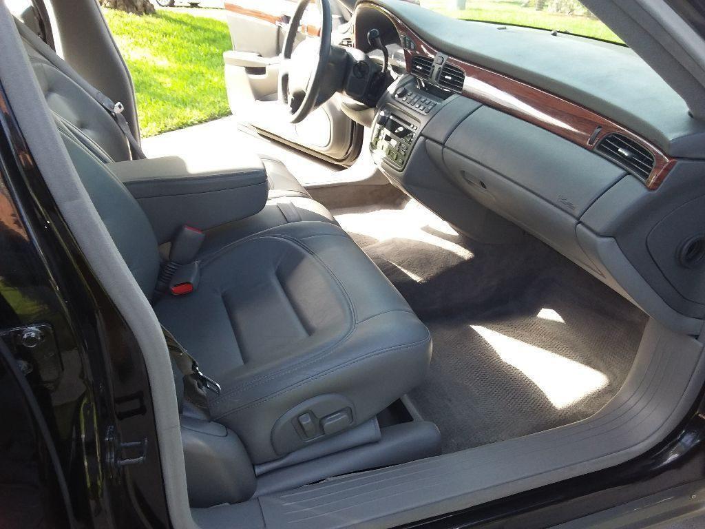 low miles 2001 Cadillac DTS Limousine