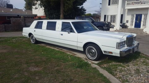well maintained 1985 Lincoln Town Car Limousine for sale