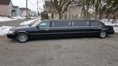 Krystal Edition 1999 Lincoln Town Car Limousine for sale