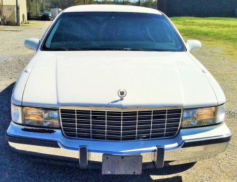 low miles 1996 Cadillac Fleetwood Limousine for sale