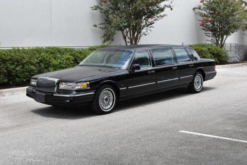low miles 1997 Lincoln 6 door Limousine for sale