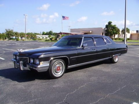 beautiful 1972 Cadillac Fleetwood black limousine for sale