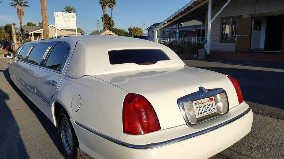 serviced 2000 Lincoln Town Car Limousine