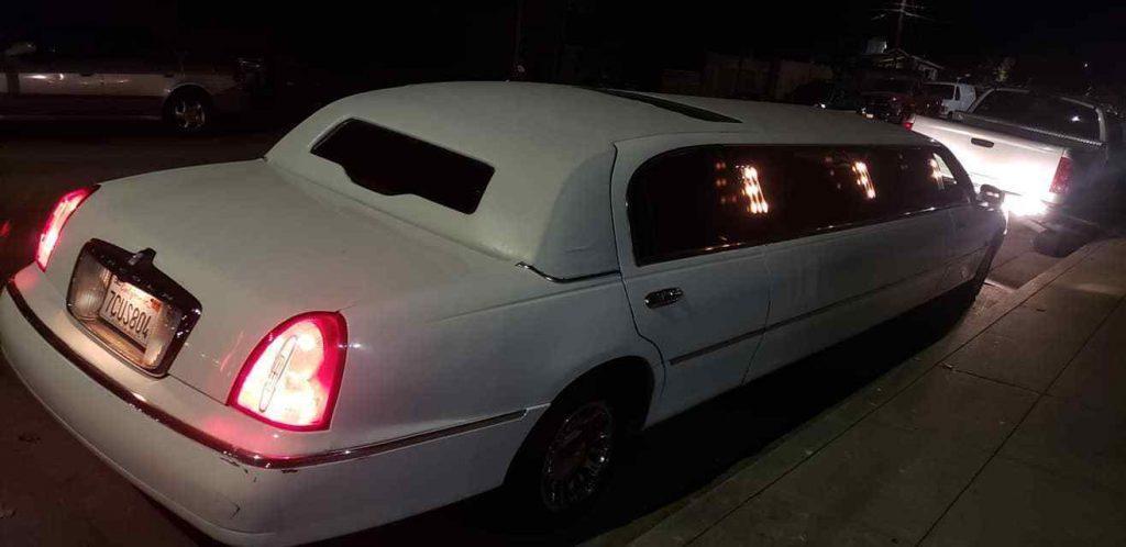 serviced 2000 Lincoln Town Car Limousine