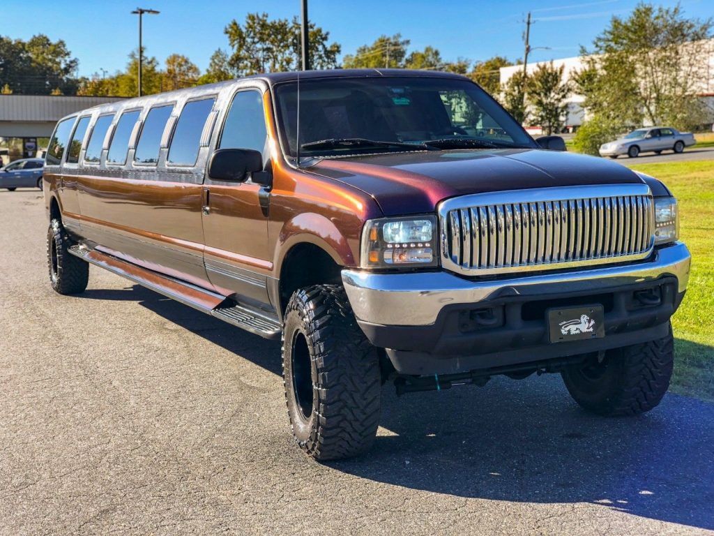 very nice 2001 Ford Excursion Super Stretch Limousine