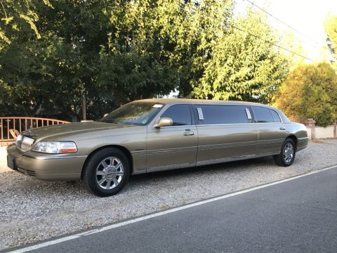 well maintained 2010 Lincoln Town Car KRYSTAL limousine for sale