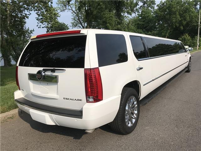 well running 2008 Cadillac Escalade Extended LIMOUSINE