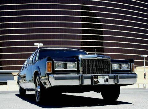 Classic 1989 Lincoln Town Car Limousine for sale