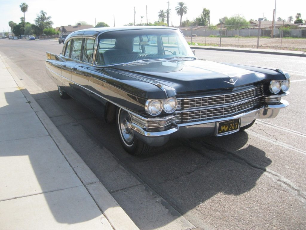older repaint 1964 Cadillac Fleetwood Series 75 limousine