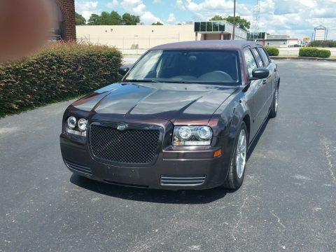excellent paint 2005 Chrysler 300 Series limousine for sale
